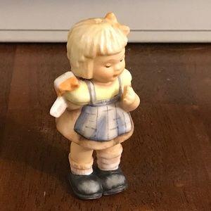 Hummel figurine Christmas ornament hook missing